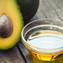 How to use avocado oil for hair?